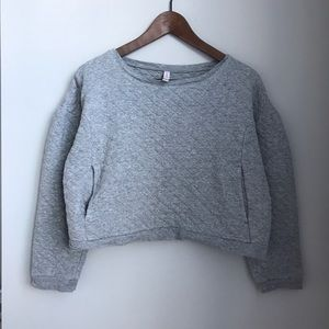 Quilted cropped pullover with pockets!